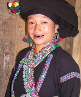 Lao People in Vietnam