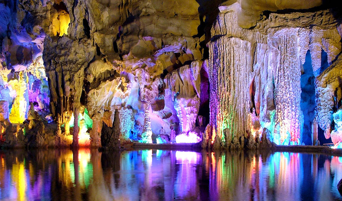 Red-Flute-Cave-Guilin-China