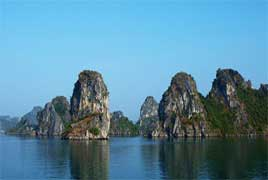 Halong Bay Cruise with Top end of Wooden Junk - 1Days