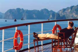 Halong Bay Cruise with the Classic, luxurious Emeraude - 2Days
